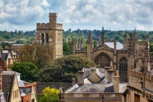 Living in Winchester – 6 Great Reasons to Move There