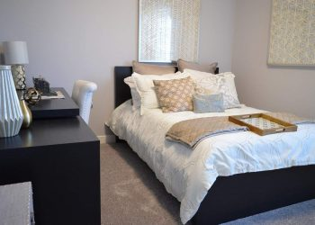 A tidy and clean bedroom